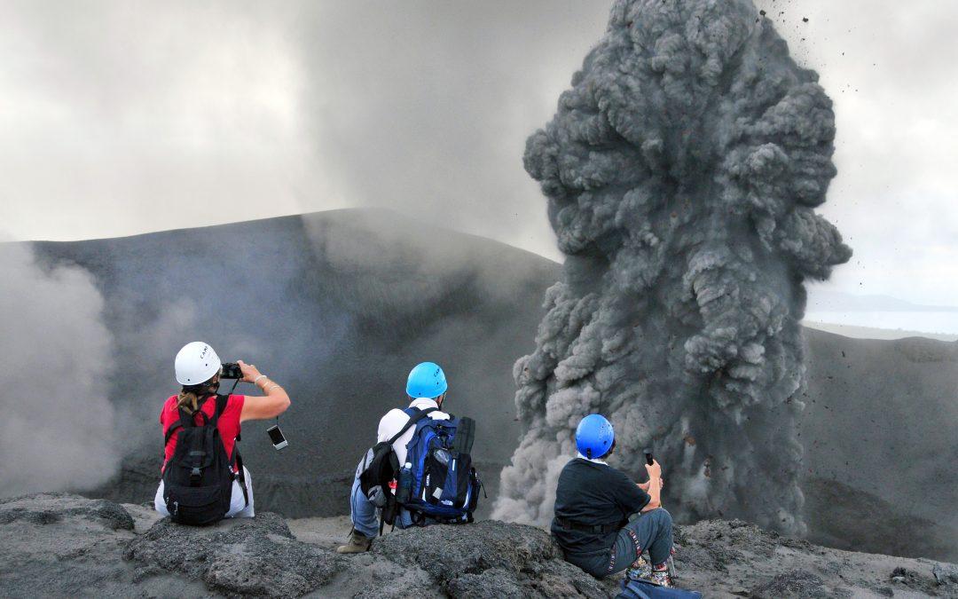 Quel équipement pour partir à la découverte d'un volcan ?