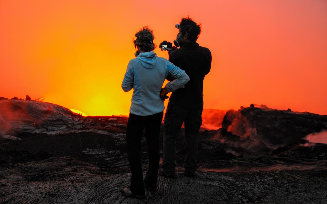 Gravir des volcans actifs, c'est possible !